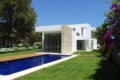 contemporary_5bedroom_villa_nearby_beach_costa_blanca_2